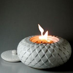 Modern Diamond Classic Patio Torch / Linen White w Fuel